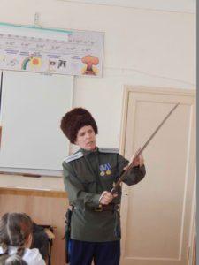 Томин А. А. рассказывает о казачьих традициях